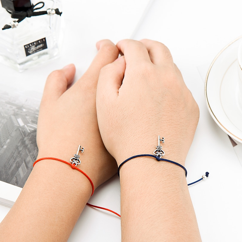 Sponsor Key Lock Charm String Bracelet